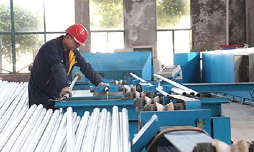 钢塑管与内衬不锈钢复合管钢管是同一种管?