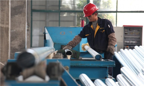 内衬不锈钢复合管确保供水高峰水量的稳定